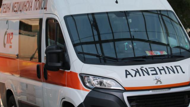 Полицай и 13-годишно момче пострадаха при катастрофа в Ловеч