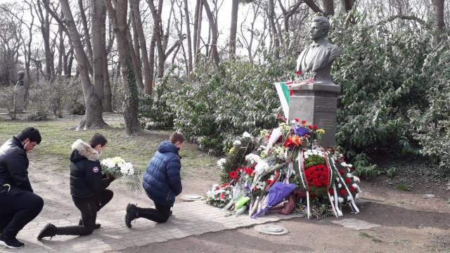 Варна се поклони пред делото на Апостола на свободата