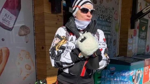 Близка до Нинова депутатка лъсна в ски екип за поне 1000 евро