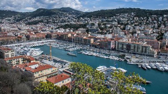 Кметът на Ница призова за частичен локдаун в региона