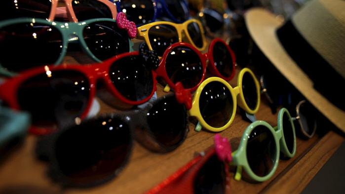 Хората с очила по-рядко се заразяват с COVID-19