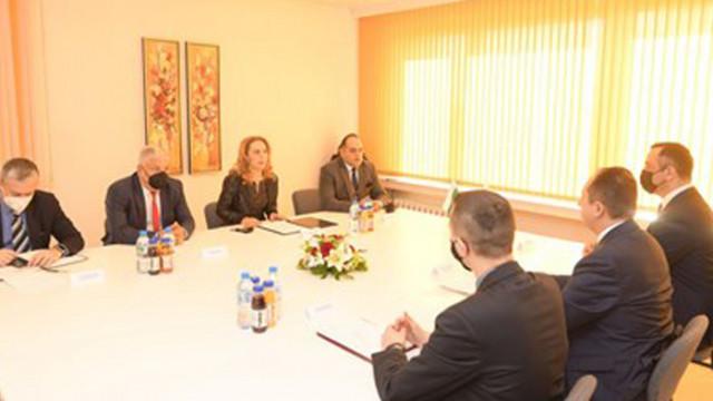 Николова: България остава сред страните с най-малко заразени на Балканите