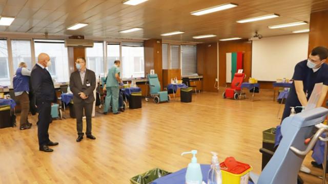 Откриха втора зала за ваксиниране във ВМА, имунизират по 20 души едновременно