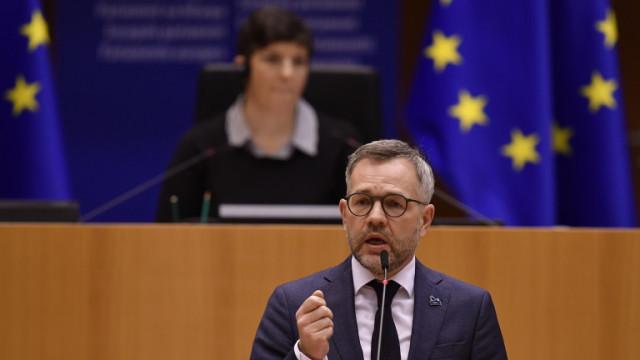 Германия иска от ЕС свободно пътуване с ваксинационни сертификати