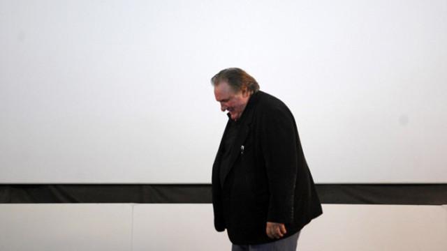 Разследват Жерар Депардийо заради обвинения в изнасилване