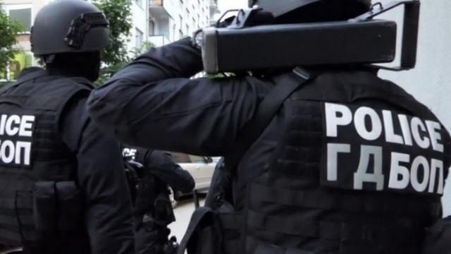 ГДБОП иззе биткойни, валута и документи при акция в Шумен