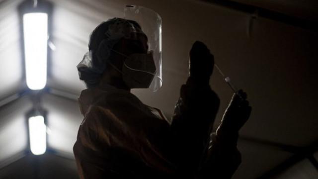 Катастрофални размери: 15 672 нови случая на коронавирус в Чехия
