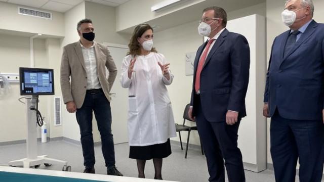 Проф. Ангелов: Неприятно ни изненада поредното редуциране на доставките на аденовирусната ваксина
