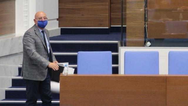 """Емил Димитров: Няма да бъда екологична бухалка, ДПС и """"Да България"""" да не се опитват да ползват МОСВ"""