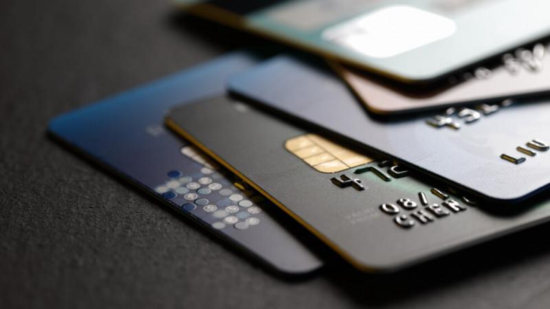 Осъдиха мъж, теглил пари от банковата карта на своя колежка