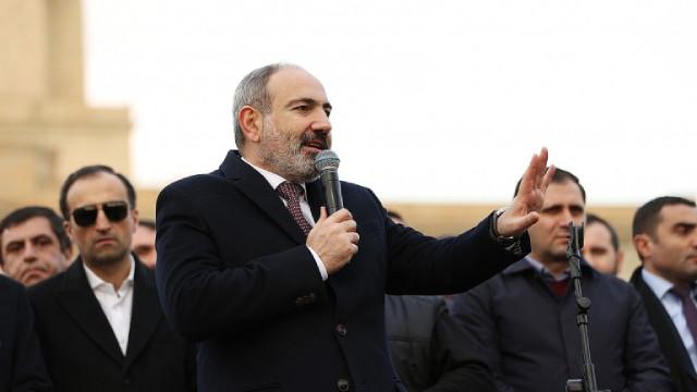Президентът на Армения отказа да подпише заповедта на премиера за уволняване на Генералния щаб