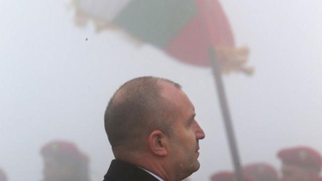 Амбарева: Как Радев не се умори да е благодарен на 3 март и да изчезва на 1 февруари