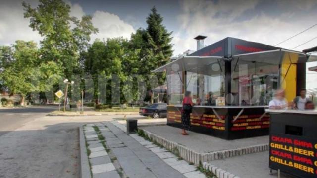 Рецидивист открадна три хладилни витрини от обект във Владиславово