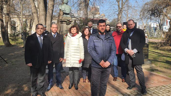 ПП ГЕРБ - Варна се поклони на героите за Освобождението на България