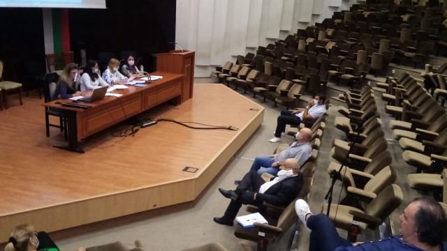 На сесия на Общински съвет бе приет бюджета на Варна за 2021г.