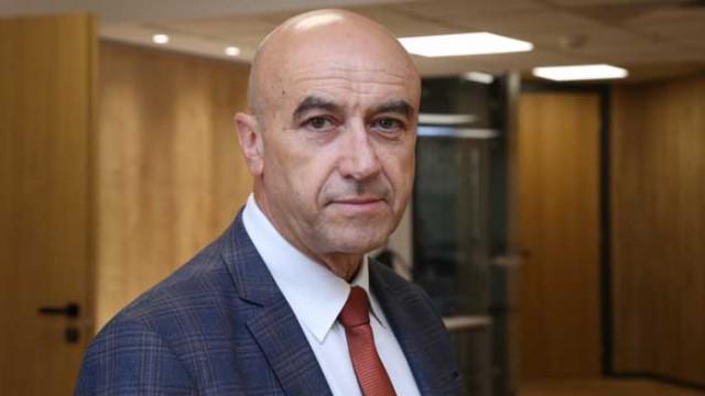 Д-р Митко Василев: COVID-19 ще остави дълбоки следи в икономиката на ЕС и България