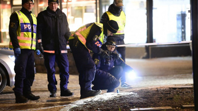 Полицията в Швеция нахлу в апартамента на нападателя