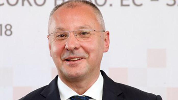 Станишев: След силен натиск на левите, EК предлага План за по-социална Европа