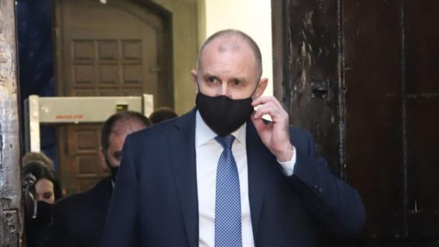 Радев недоволен: Мотивите за отмяна тържествата на Шипка са политически