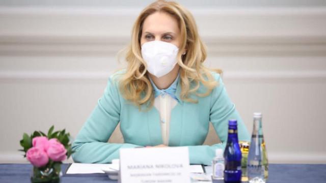 Марияна Николова: Жандармерията пази машините за гласуване