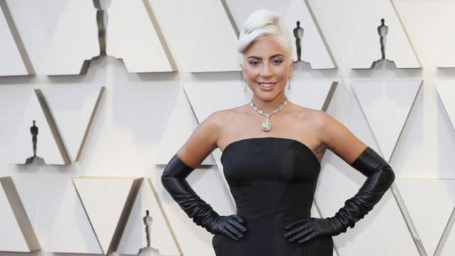 Лейди Гага отново в Рим, след като намери кучетата си