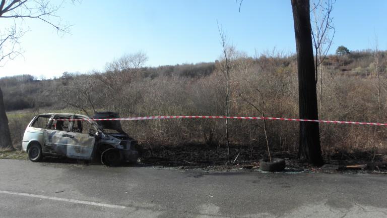 34-годишен заби колата си в дърво по пътя за Рилския манастрир