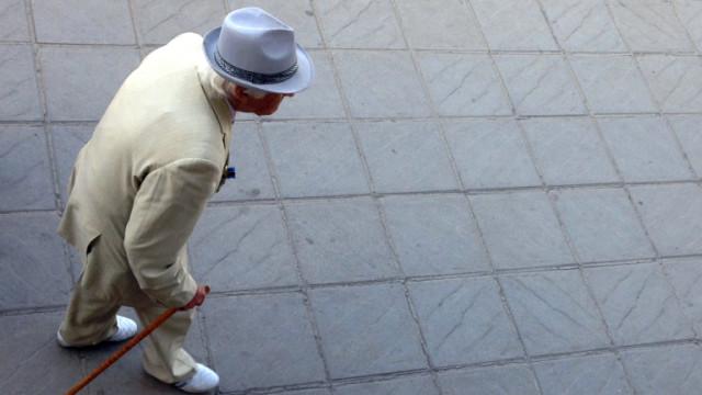 Българите - все по-дълголетни, но все пак последни в ЕС
