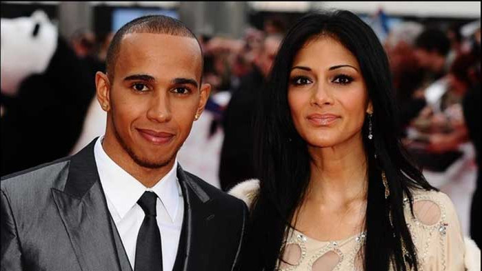 Расистки скандал с Хамилтън разтърси Формула 1