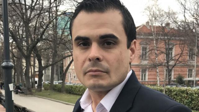 Петър Николов: Борисов изглежда прероден. Радев го чака клопка