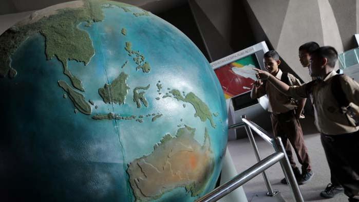САЩ са против кабел, свързващ Ел Ей с Хонконг по дъното на Тихия океан