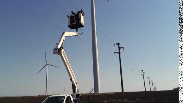 ЕРП Север обезопаси участъци от въздушните електропроводи в 12 села в Добричко