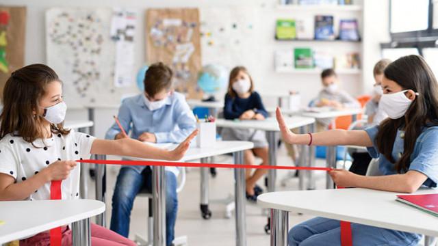 Днес решават учениците във Варна от 5-ти клас да преминат онлайн, нови мерки - в петък