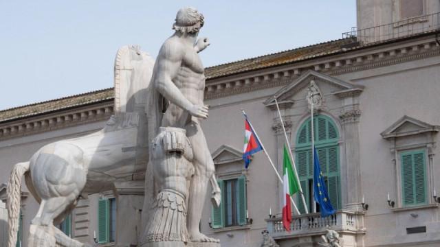 Италия почете паметта на жертвите на COVID със спуснати знамена