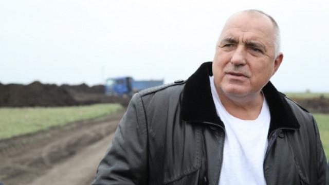 Борисов инспектира строеж на производствена база в Разград, където ще се произвеждат ваксини