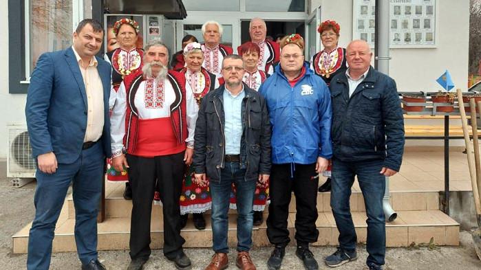Срещите на кандидата за депутат на ГЕРБ-СДС продължават