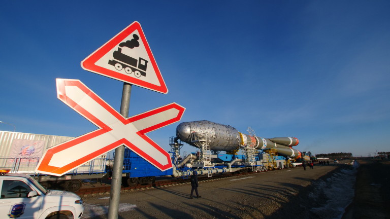 "Ракета ""Союз"" с 38 сателита излетя от Байконур"