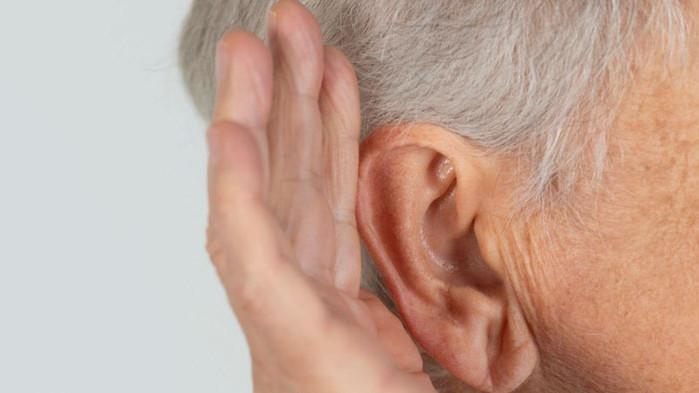 Има връзка между COVID-19 и загубата на слуха