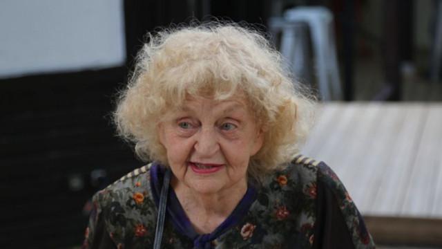 Прощаваме се с великата Татяна Лолова в петък от 11 часа в Сатирата