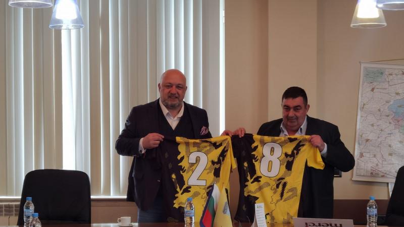 Красен Кралев проведе среща с представители на футбола, волейбола и