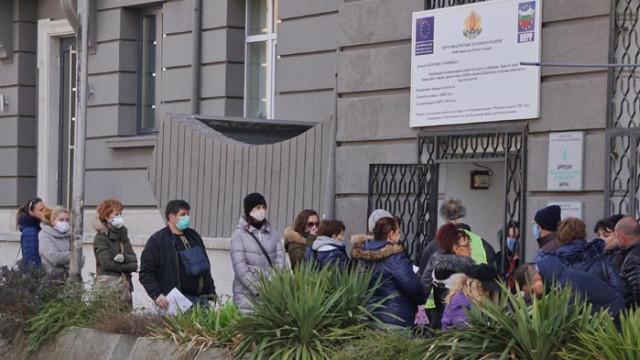 990 безработни в област Варна са постъпили на работа през февруари 2021г