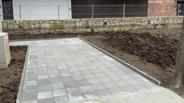 До поликлиниката в Аспарухово е изградена нова пешеходна алея