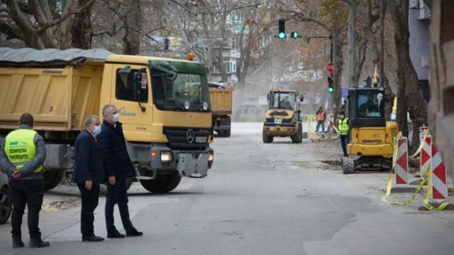Затварят за ремонт пътни участъци във Варна