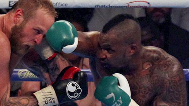 Уайт взе реванш от Поветкин след нокаут в четвъртия рунд