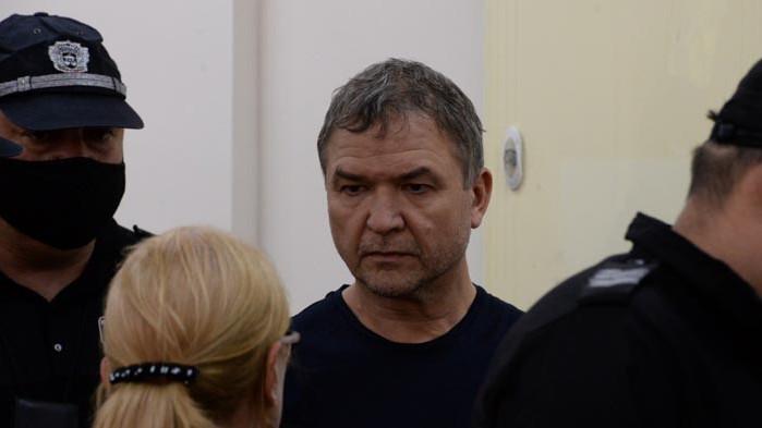 Пламен Узунов: Нямам притеснения; Пламен Бобоков: Узунов ми е приятел и нищо повече