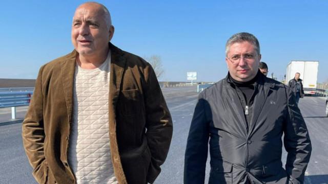Борисов инспектира ремонта на Южната дъга в София