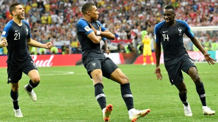 Звездата на Пари Сен Жермен и националния отбор на Франция