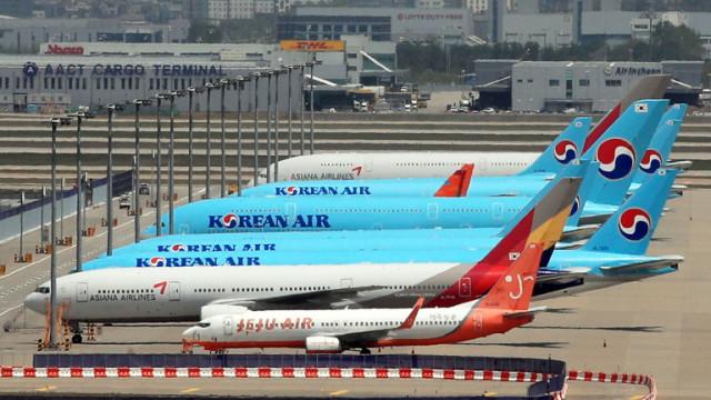 Пореден студен душ за авиокомпаниите: Цените на карго превоза се понижават