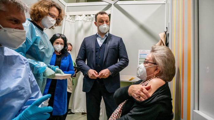 Германия щеимунизира 20% от населението си срещу коронавируса до началото