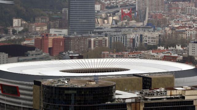 Амстердам и Билбао се надяват на 25% капацитет за Евро 2020