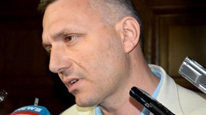 Хаджигенов отвръща на удара: Манолова и Дончева не са разбрали, както обикновено